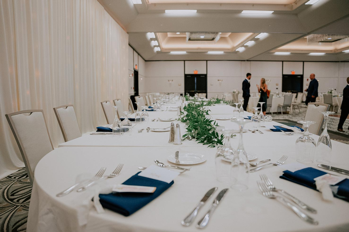 venue-table-setup